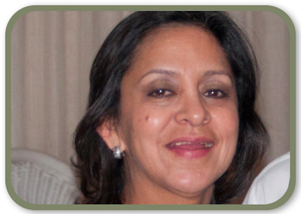Esneda Caez, Distribuidora Mayorista